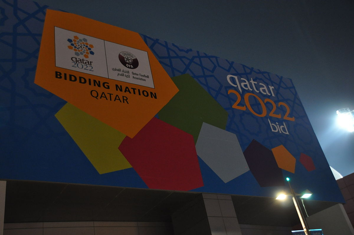 Billboard touting the Qatar as a 2022 FIFA World Cup bidding nation. daly3d abd / Flickr.