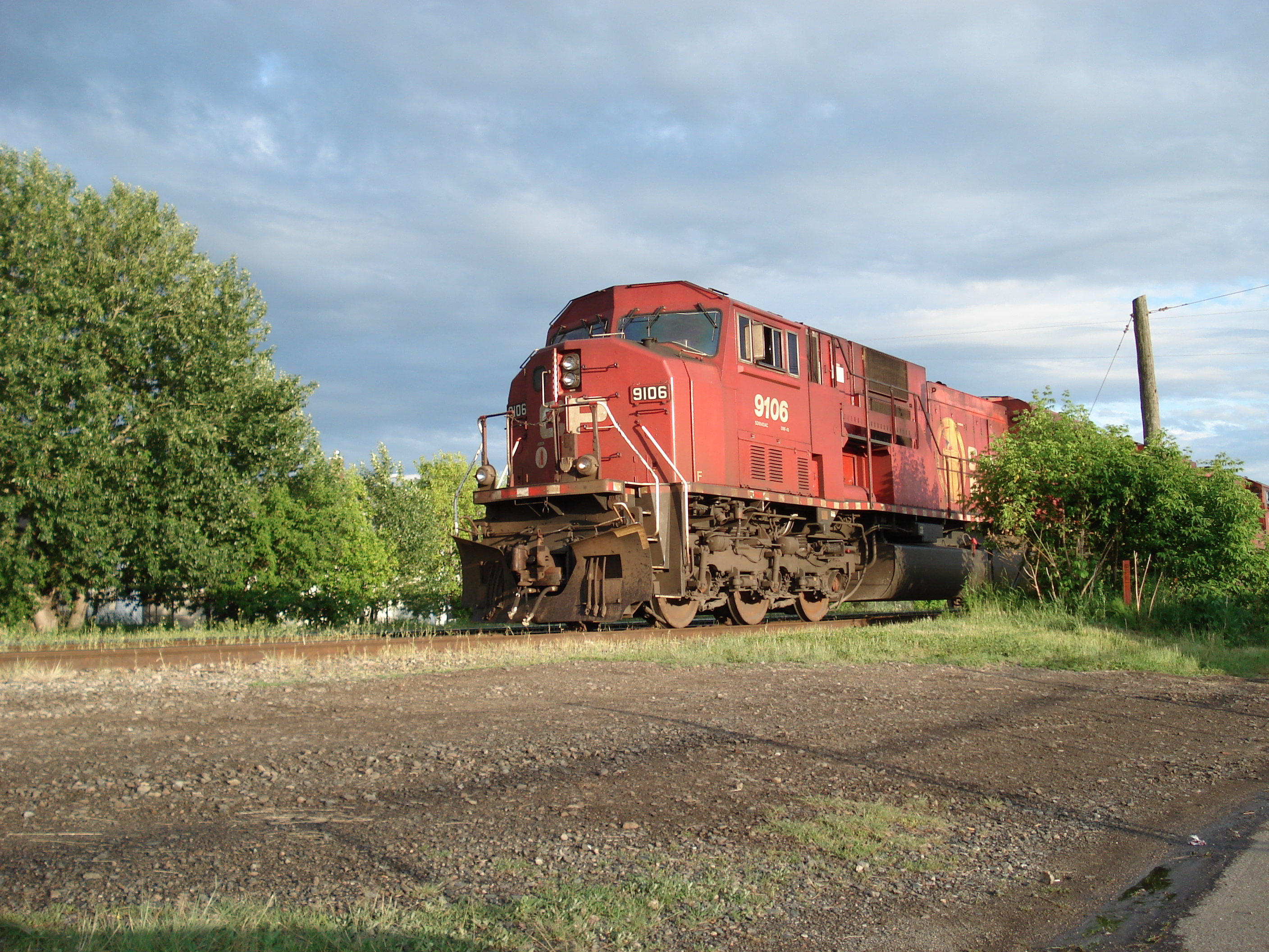 Canadian Pacific railway train (Wikipedia)