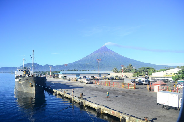 Legazpi Port (Photo from Trina Anne / Blogspot)