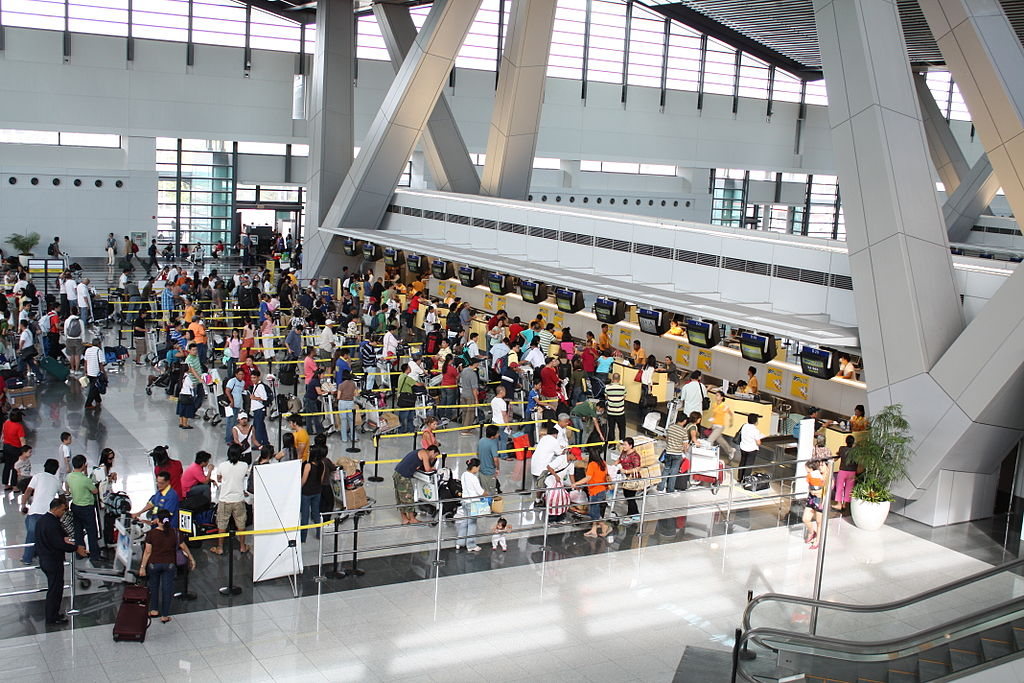 Cebu Pacific check-in counters at NAIA Terminal 3 (Mattun0211 / Wikipedia)