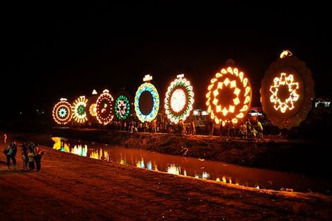 The Giant Lantern Festival in Pampanga (Pampanga's official Facebook page; courtesy of Robby Tantingco)
