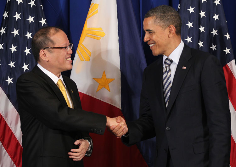 BALI, Indonesia – Philippine President Benigno Simeon Aquino III meets with United States of America President Barack Obama during their bilateral meeting at the sidelines of the 19th Association of Southeast Asian Nations (ASEAN) Summit and Related Summits Friday November 18, 2011 at the Grand Hyatt Hotel in Bali, Indonesia. (PLDT powered by SMART). (Photo by: Jay Morales / Malacañang Photo Bureau).