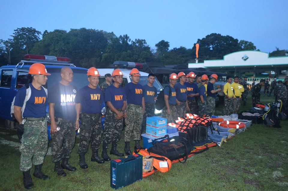 The Disaster Response and Relief Operation Team of the Naval Forces Central preparing #RubyPH's landfall over Central Visayas. (Photo via Naval Forces Central)