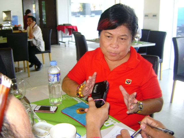 DSWD Sec. Corazon 'Dinky' Soliman (DSWD Field Office VIII photo archive)