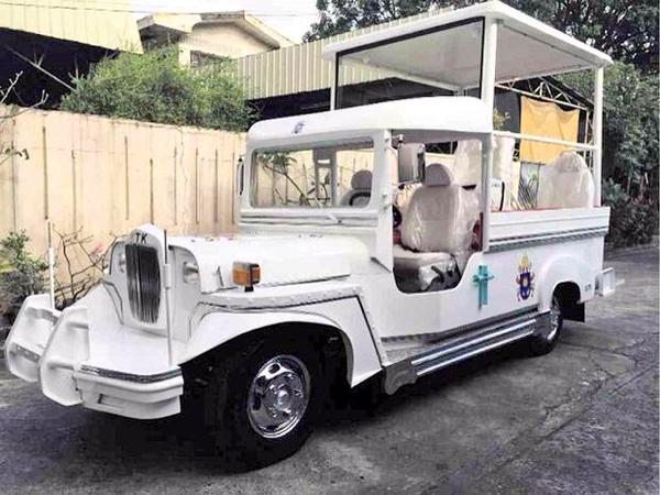 NOT THE BACKUP. One of the two popemobiles for Pope Francis to use during his visit to the Philippines on January 15-19, 2015. (Vatican Communications)