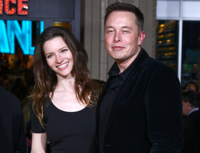 Talulah Riley and Elon Musk at the 'Oz THe Great and Powerful!' World Premiere at the El Capitan Theater on February 13, 2013 in Los Angeles, CA (Helga Esteb / Shutterstock)