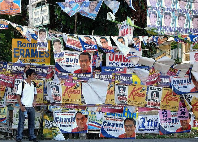 Political ads can be found everywhere during election season in the Philippines (Carlo Marco Simpao / flickr)