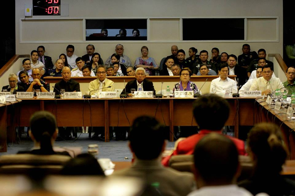 (L-R) Acting PNP Chief Leandro Espina, DILG Sec. Mar Roxas, Defense Sec. Voltaire Gazmin, Justice Sec. Leila De Lima, and former PNP Chief Gen. Alan Purisima on Thursday's (Feb 12, 2015) Senate hearing on the Mamasapano clash (Photo courtesy of Sen. Grace Poe's Facebook page)