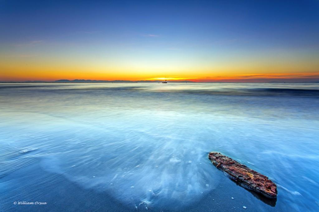Wreck Beach landscape photo by William Orsua.
