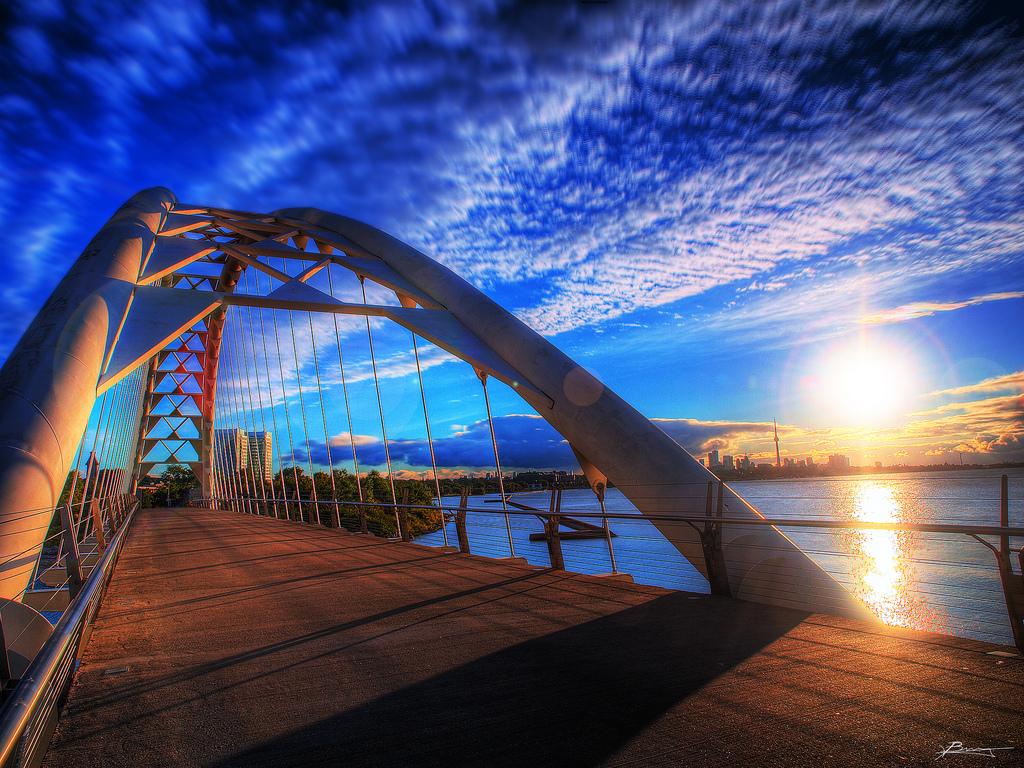 Sunrise in Toronto, Ontario. paul bica / Flickr..