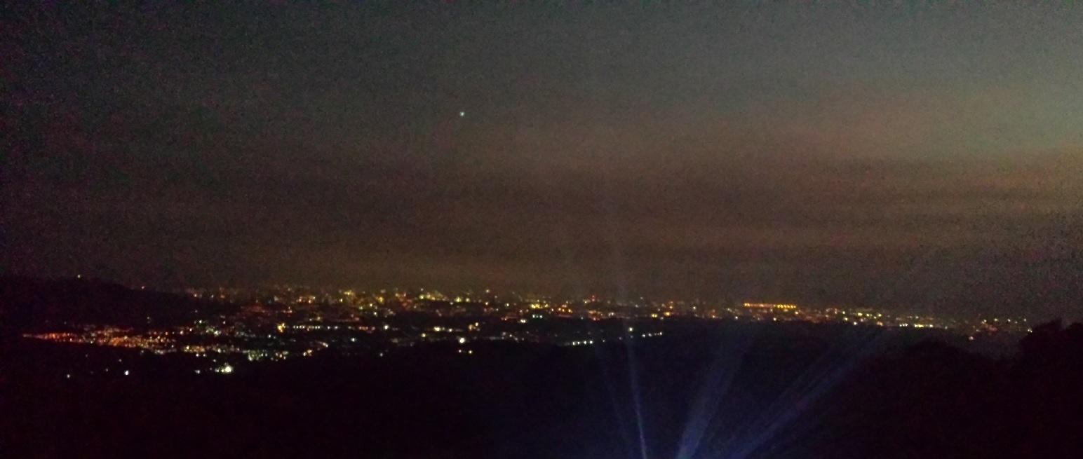 The view from Mt. Balagbag at night (Kris Crismundo / PNA)