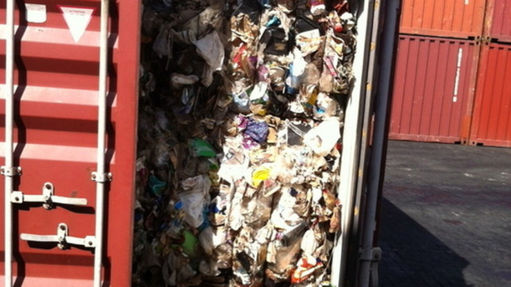A container van full of garbage shipped from Canada (Photo courtesy of Change.org)