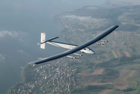 Solar Impulse plane powered by solar energy (Photo courtesy of Arabian Business website)
