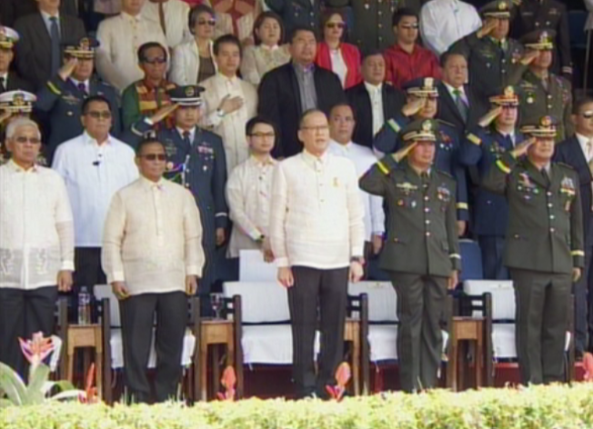 President Benigno Simeon Aquino III (center) given a 21 gun salute during the commencement ceremonies of the Philippine Military Academy Sinag-lahi Class of 2015 (Photo from RTV Malacanang)