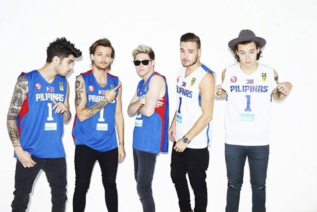 One Direction wearing Gilas Pilipinas jerseys (Sports5 Facebook photo)