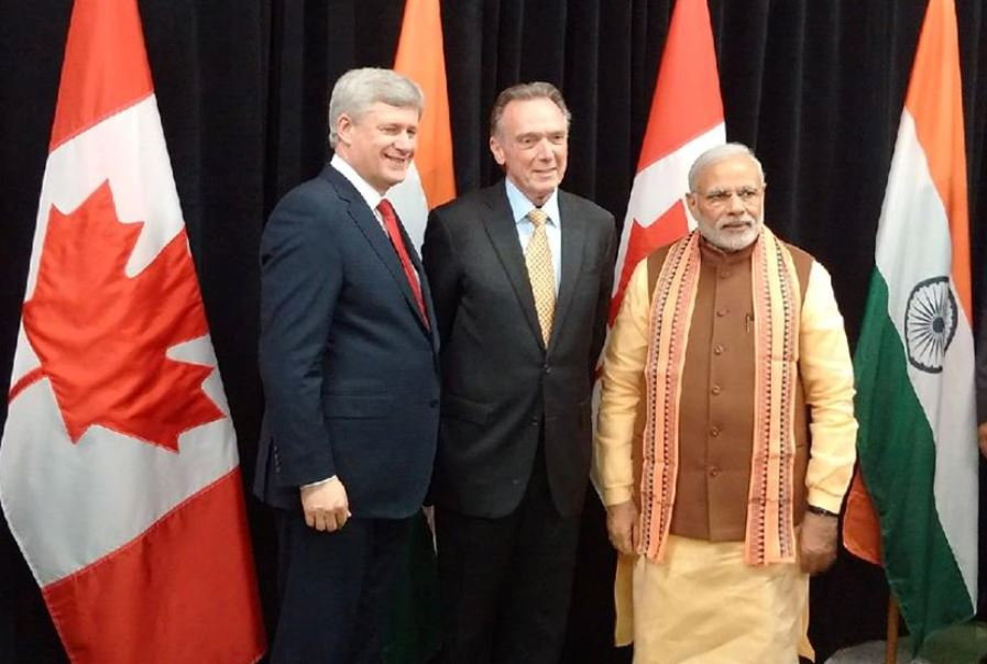 (Left to right) Canadian Prime Minister Stephen Harper, Thornhill MP Peter Kent, and Indian Prime Minister Narendra Modi (Facebook photo)