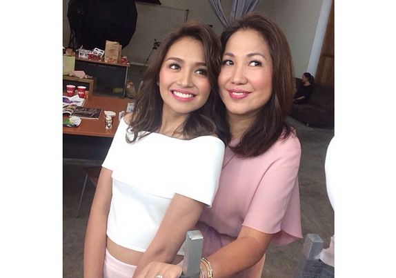 Kathryn Bernardo and mom Min Bernardo (Photo from Kathryn's Instagram account)