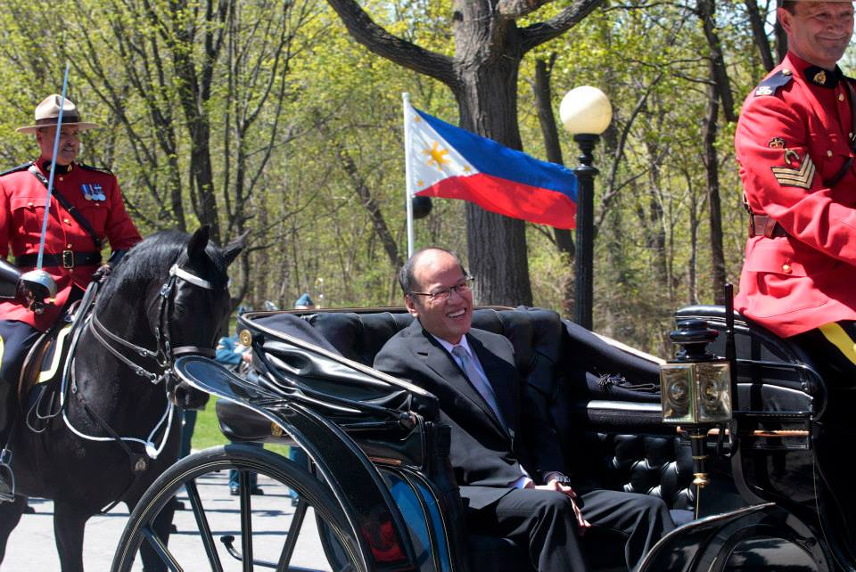 PNoy arrives in Canada for day 1 of his state visit 5 (Photo by Gil Nartea / Malacañang Photo Bureau)