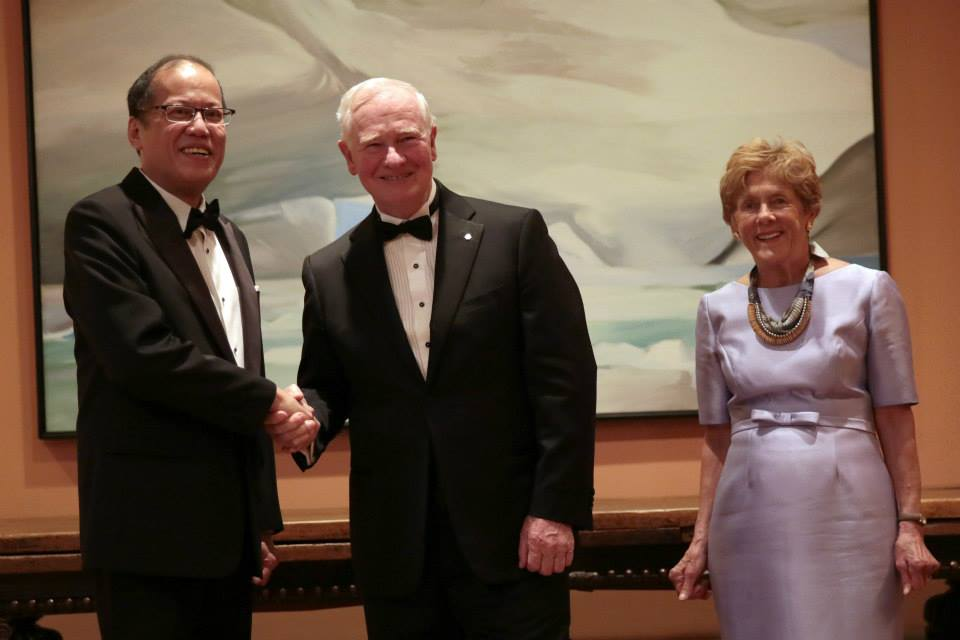 PNoy attends gala with Canadian Governor General David Johnston. Also in the photo is Gov. Gen. Johnston's wife Sharon  (Photo by Benhur Arcayan / Malacañang Photo Bureau)