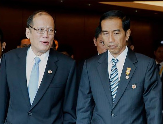 President Benigno Aquino III with Indonesian President Joko Widodo during the 26th ASEAN Summit (Gil Nartea / Malacanang Photo Bureau)