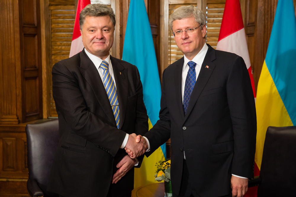 Prime Minister Stephen Harper with Ukrainian President Petro Poroshenko  (Drop of Light / Shutterstock)