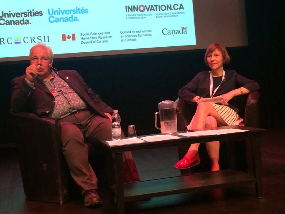 Justice Murray Sinclair and Cindy Blackstock at Canadian Federation for the Humanities and Social Sciences (Truth and Reconciliation Commission of Canada / Facebook)