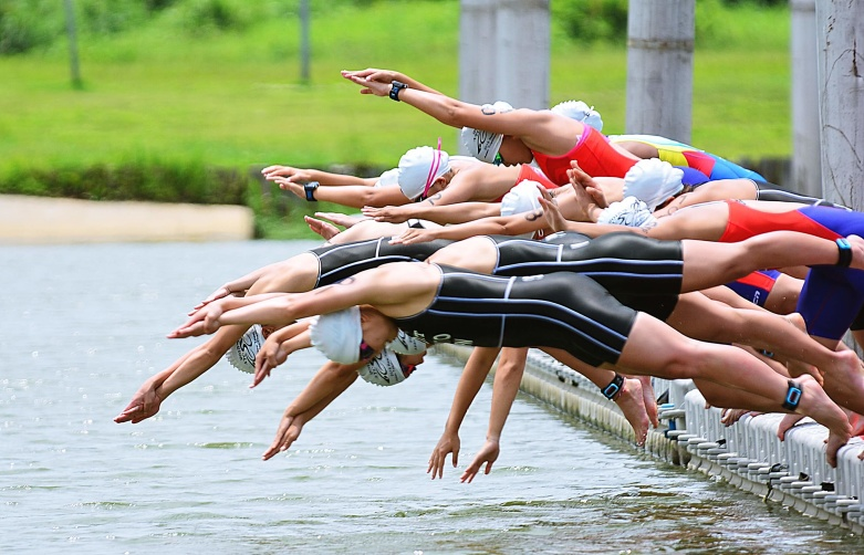Asian triathletes in the 1.5K swim (Photo courtesy of Second Wind)