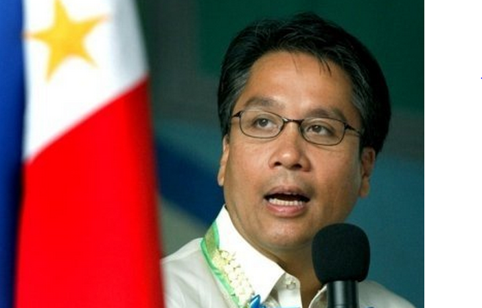 "Interior Secretary Manuel ""Mar"" Roxas II (Facebook photo)"