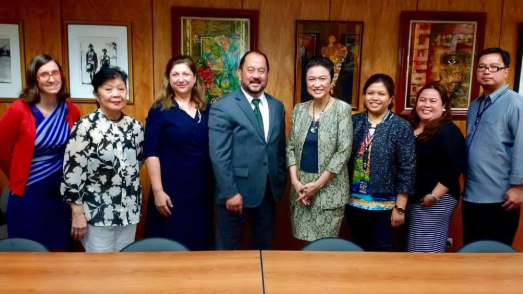 Senator Enverga and Secretary Nicolas, with officials from Canada and the Philippines