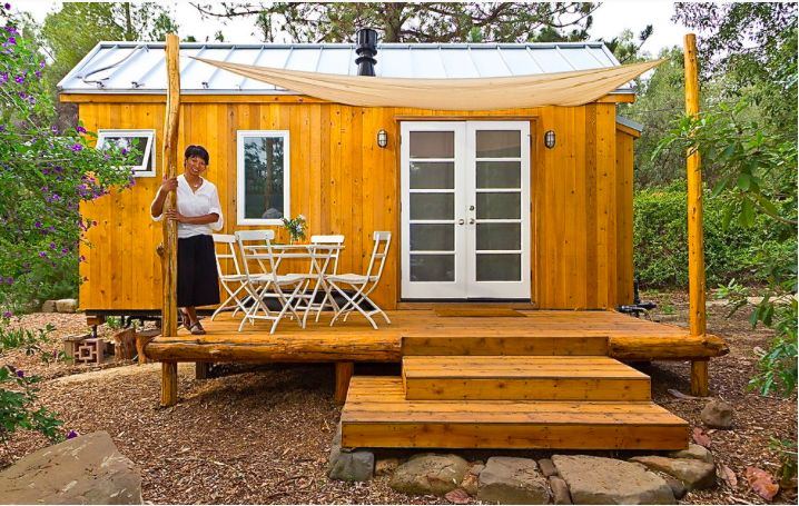 Tiny space large living Filipina designs small efficient home