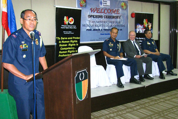 Police Chief Superintendent Franklin Bucayu, Chief of PNP HRAO, delivers his remarks (photo: hss.de)