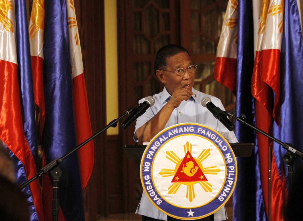 Three days after resigning from the Aquino Cabinet, Vice President Jejomar Binay officially declared himself as head of the opposition in the 2016 national and local elections during a press conference on Wednesday (June 24, 2015) at his office in the Coconut Palace, Cultural Center of the Philippines (CCP) Complex, Pasay City. (Avito C. Dalan / PNA)