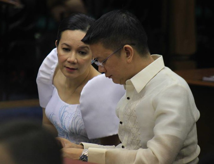 Senators Grace Poe and Francis Escudero at Pres. Aquino's 6th State of the Nation Address (Photo courtesy of Poe's official Facebook page)
