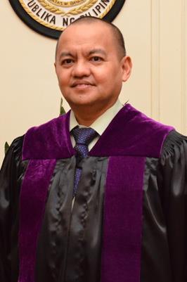 Justice Marvic Leonen (Fzcebook photo)