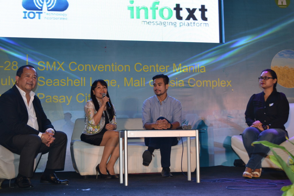 Emmy Lou Delfin, program manager of DOST-ICT Office's e-Innovation Group (2nd from left), together with (from left) Butch Valenzuela of Accenture, Evan Tan of Freelancer.com and Olivia Briones of Upwork Philippines, answer various questions from participants of the Rural Impact Sourcing Forum last July 28, 2015 at SMX Convention Center in Pasay City during the National Science and Technology Week. Delfin shared that ICT Office is aiming for 500,000 Filipinos in the countryside to work via different online job platforms by 2016. The forum aimed to help participants, mostly college students and job seekers from provinces, learn how to become successful by mining the various web-based career opportunities.