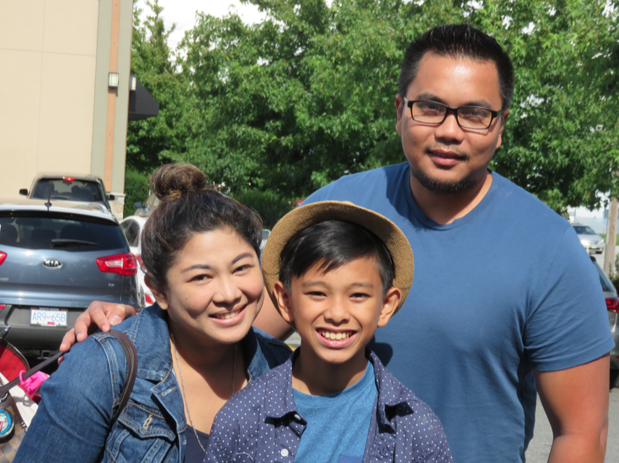 Ethan with his mom Maridel and dad Froilan