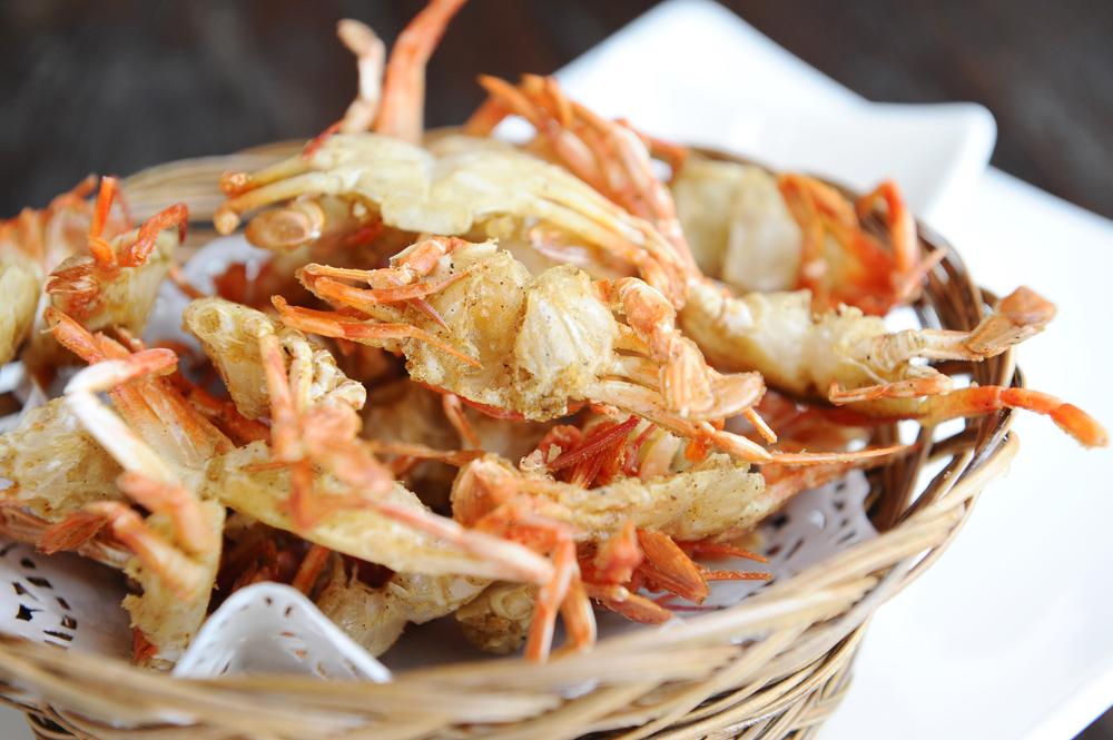 fried soft-shell crabs (shutterstock)