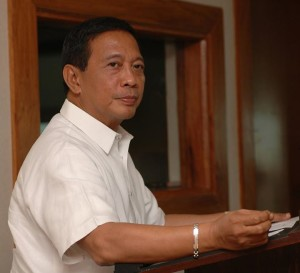 """Vice President Jejomar """"Jojo"""" Binay (Photo from Binay's official Facebook page)"""