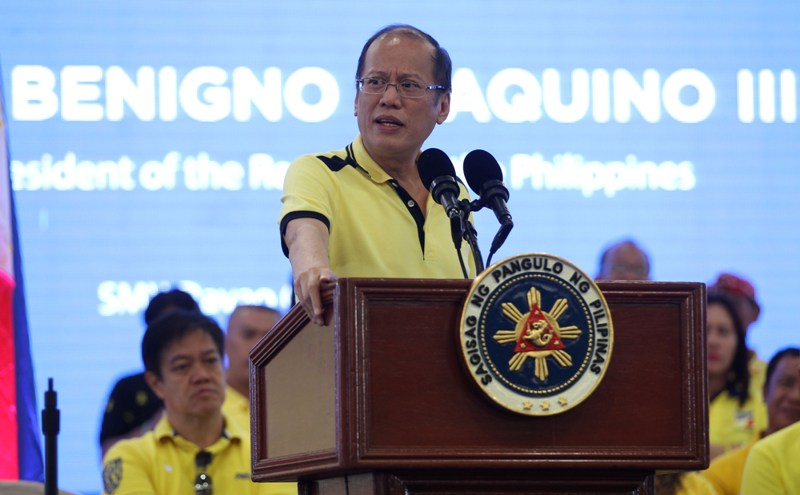 """President Benigno """"Noynoy"""" Aquino III delivers his speech during the LP event, """"A Gathering of Friends,"""" at the Function Room 1 of the SMX Convention Center,  Agdao District, Davao City on Wednesday. (Photo from the Malacañang Photo Bureau/Benhur Arcayan/Robert Vinas/Benjamin Basug)"""