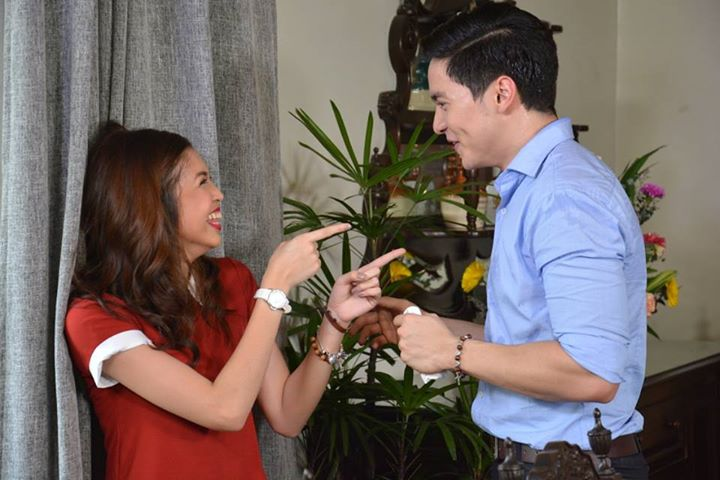 Kalyeserye's love team Alden Richards and Maine Mendoza (Photo from Eat Bulaga's official Facebook page)