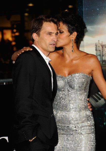 Halle Berry and Olivier Martinez (Facebook photo)