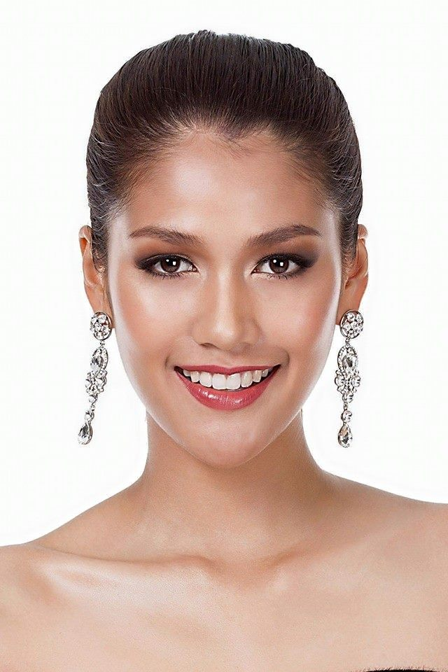 Aniporn Chalermburanawong official photo for Miss Universe Thailand 2015