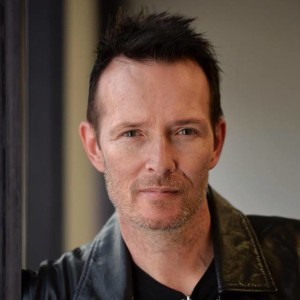 Stone Temple Pilots and Velvet Revolver frontman Scott Weiland (Photo taken from Weiland's official Facebook fan page)