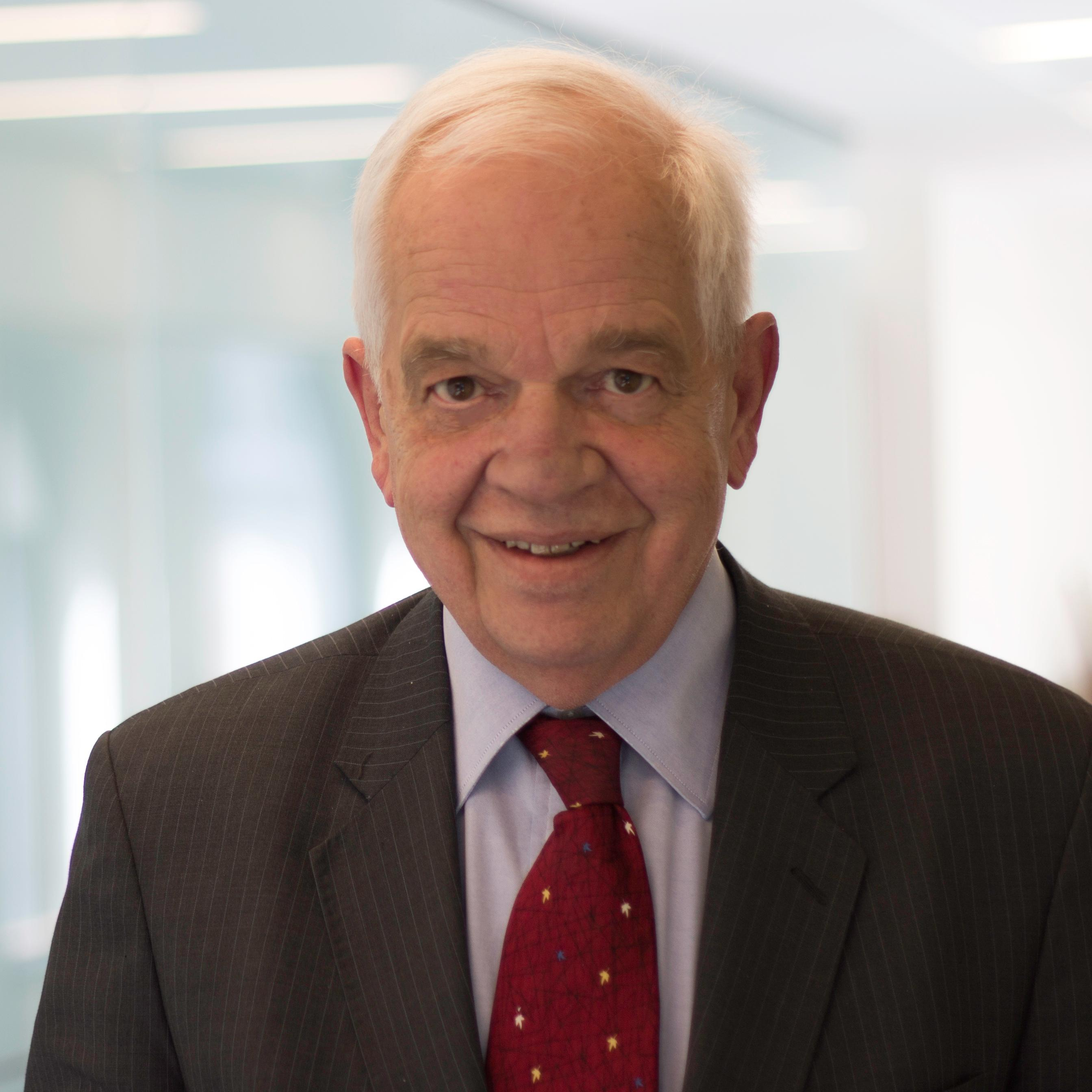 Federal Immigration Minister John McCallum (Photo from Minister John McCallum's official Twitter account)