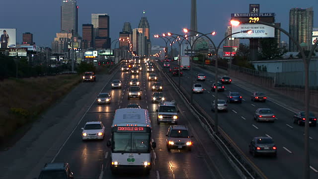 Traffic view in Ontario, Canada (Getty image)