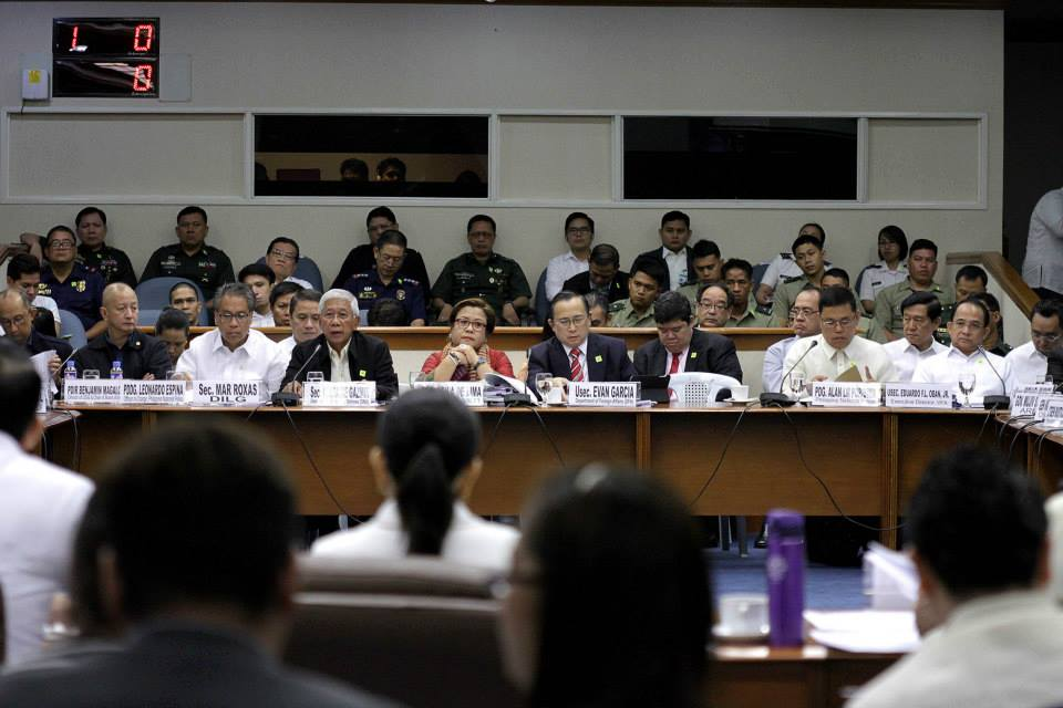 Government officials questioned at the 4th public hearing on the Mamasapano clash (Photo courtesy of Sen. Grace Poe's official Facebook page).