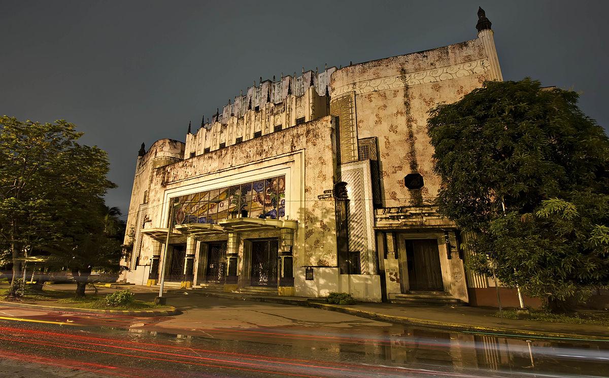The Metropolitan Theater (MET) in Manila. (Wikipedia photo)