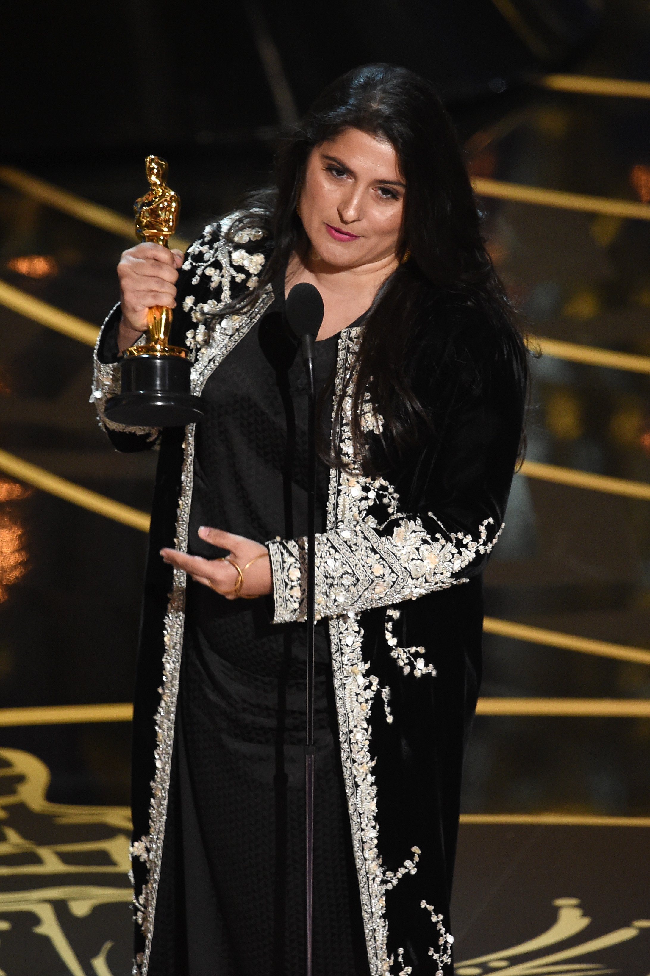 Pakistani-Canadian filmmaker Sharmeen Obaid-Chinoy, director of A Girl in the River: The Price of Forgiveness, accepts award for the best short documentary at the 88th Annual Academy Awards. (Photo courtesy of The Oscar)
