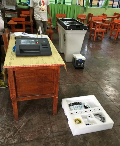 Vote counting machine used in Comelec's mock election in February 13. (Photo courtesy of the official Twitter account of Comelec)