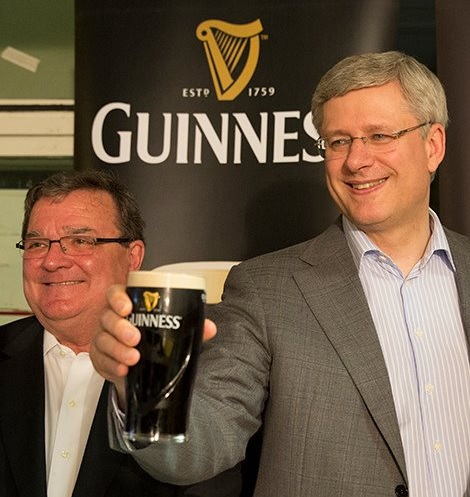 Former Prime Minister Stephen Harper (right) pays tribute to Jim Flaherty (right) in his St. Patrick's day tweet. (Photo: Stephen Harper/Twitter)
